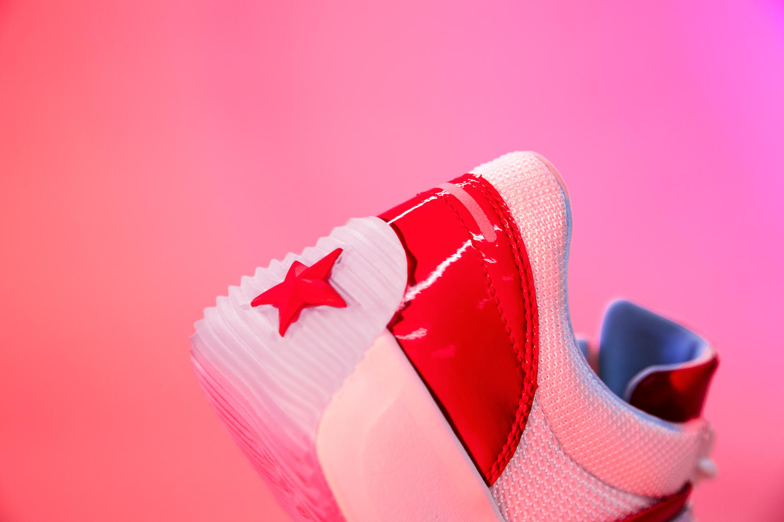 converse run star heel