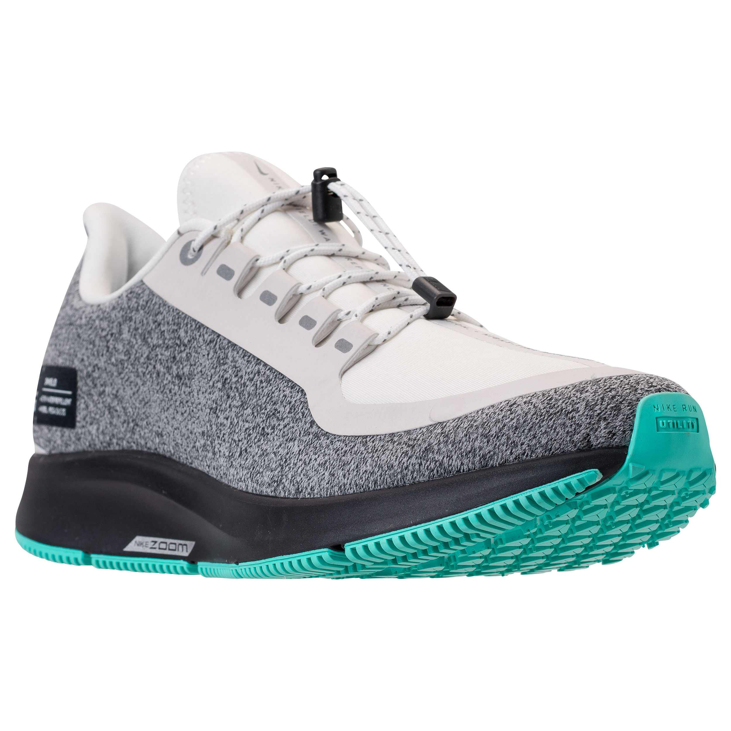 new product e510a c45c2 The Zoom Pegasus 35 Utility is a Winter-Ready Nike Runner ...