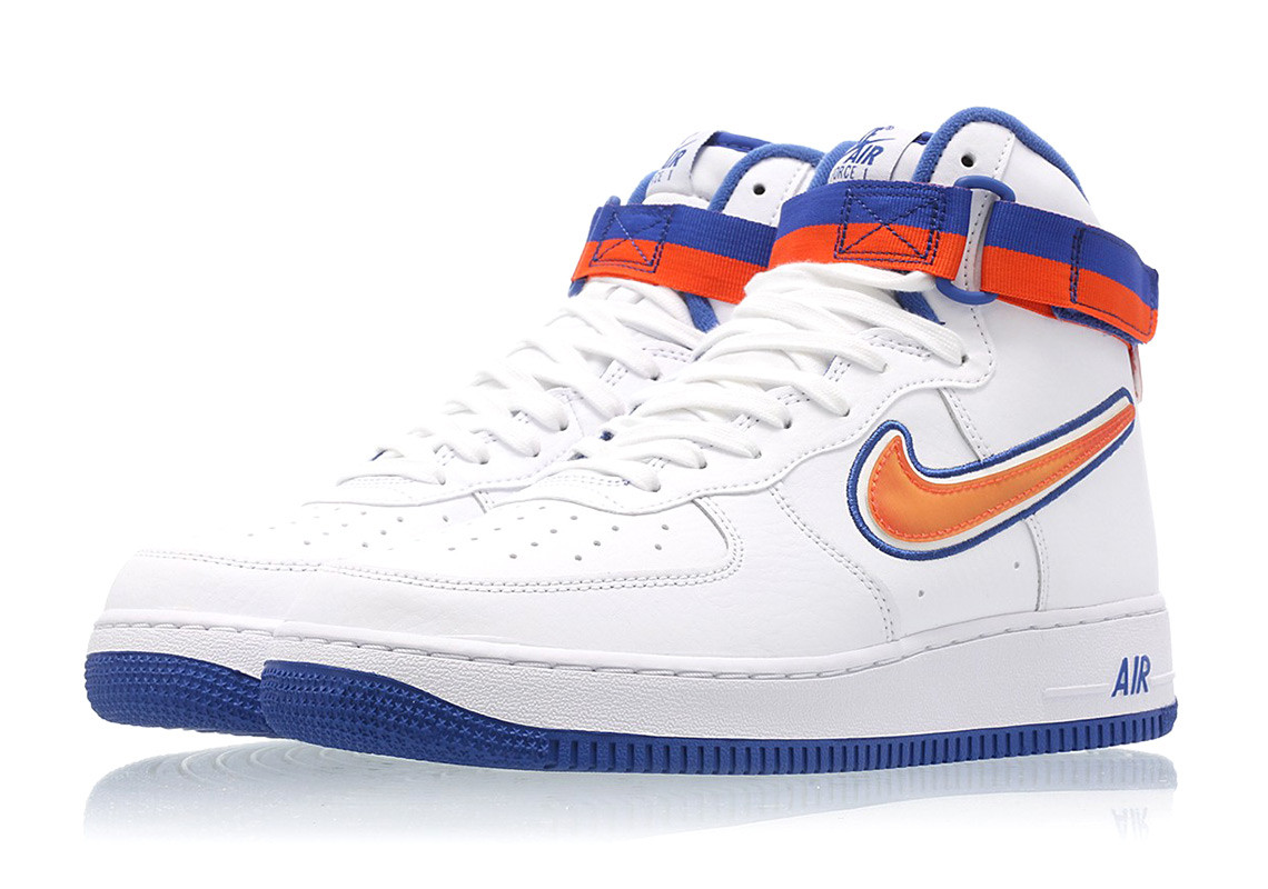 This New York Knicks Inspired Nike Air Force 1 '07 Drops