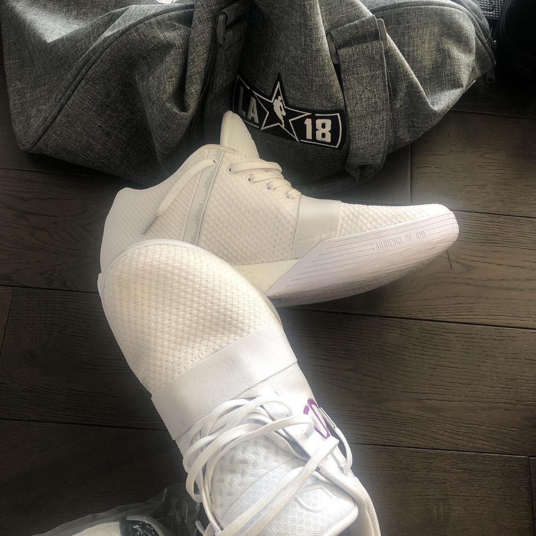k8iros spencer dinwiddie sneaker