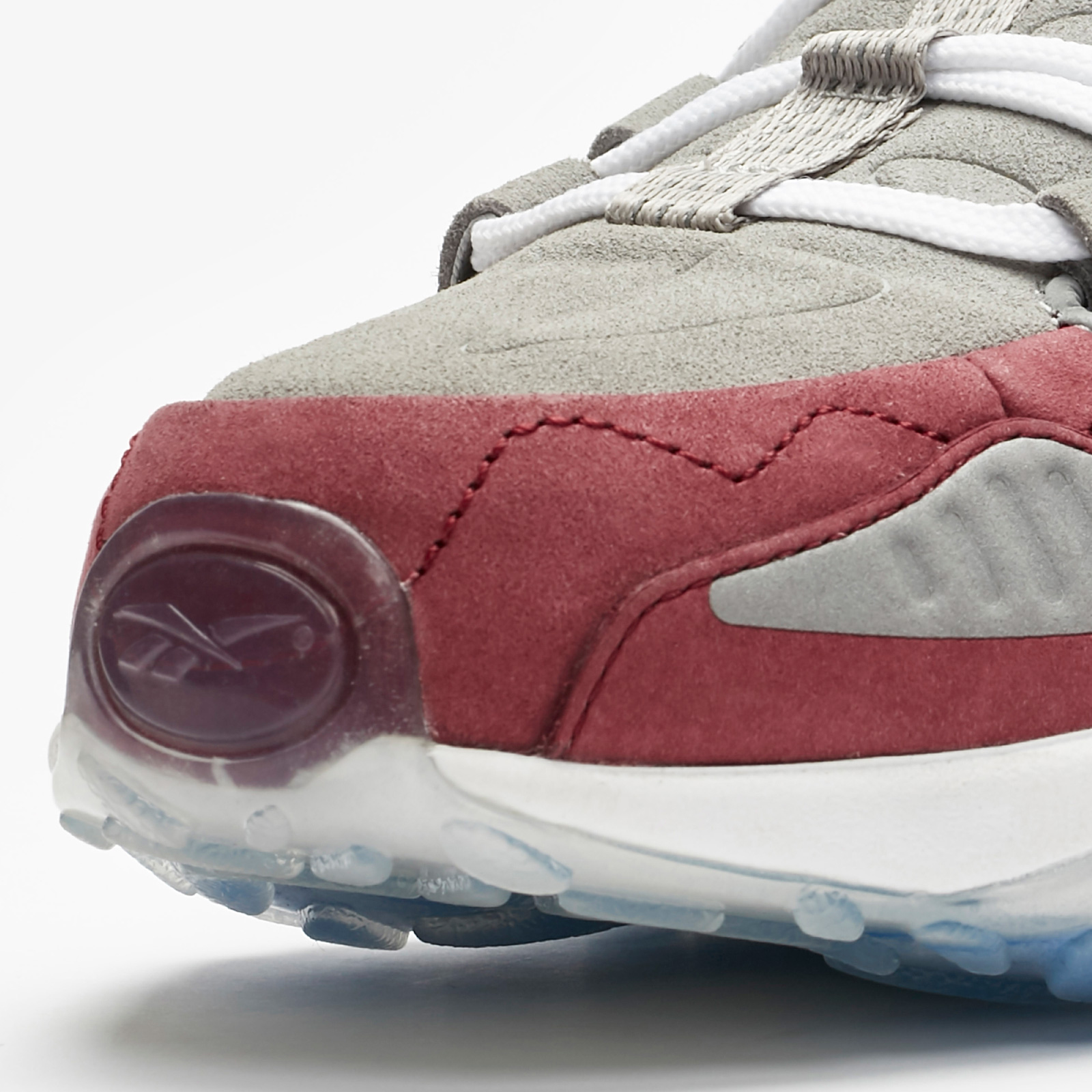sneakersnstuff reebok dmx run 10 toe