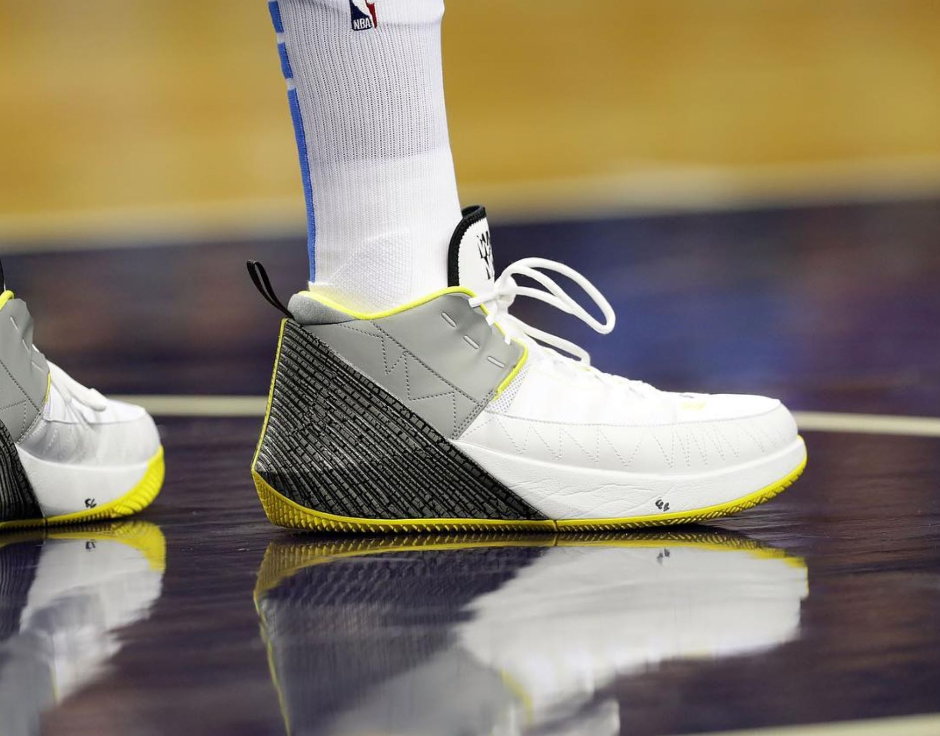 jordan why not zer0.1 chaos russell westbrook