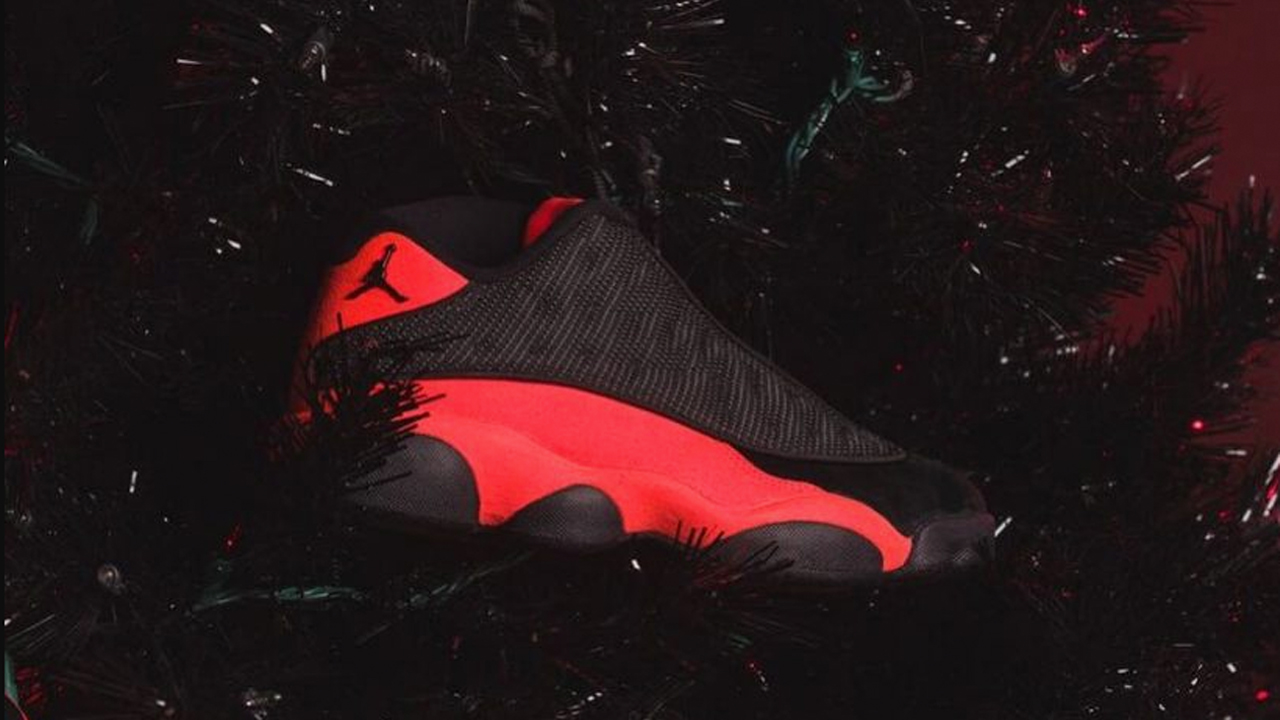 Air-Jordan-13-Low-CLOT-Black-Christmas-Black-Red
