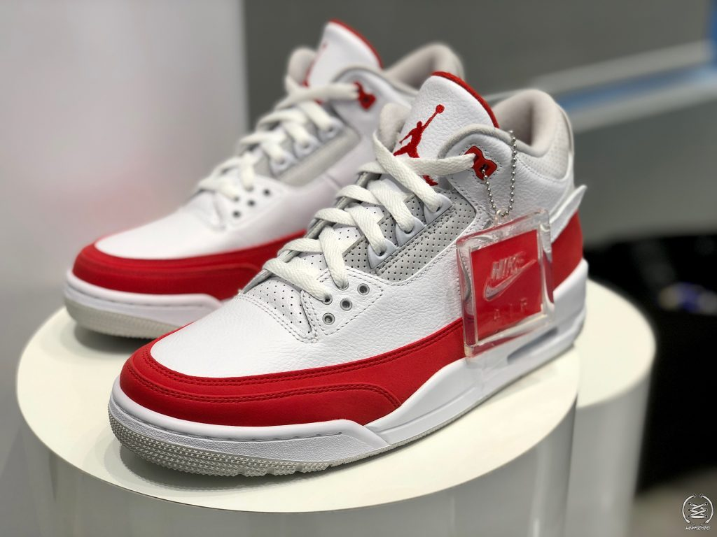 watch 1eb53 fce2d Get Up Close and Personal with the Air Jordan 3 'Tinker' Air ...