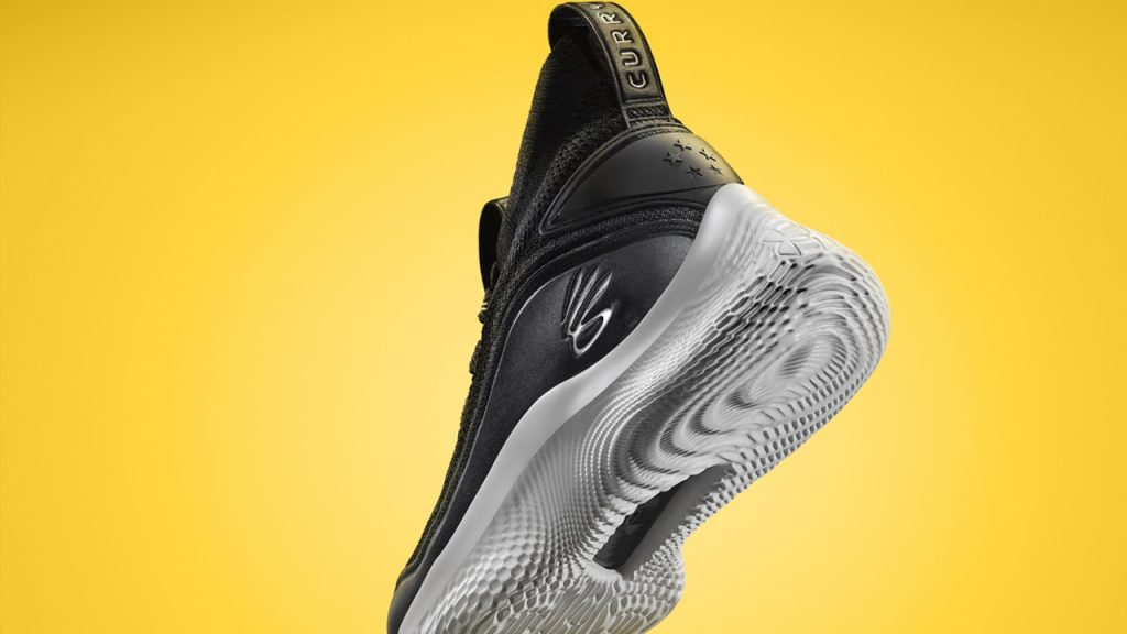 Curry Flow 8 Materials and Fit